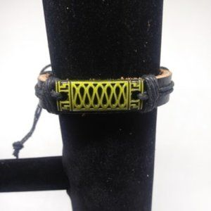 New unisex Leather Design Bracelet